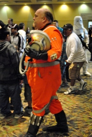 Not many guys would have the nerve to dress up as Porkins, but this man wore it well.